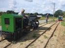 O&K Lok MD 1 wartet an den Ausweiche auf den Gegenzug.